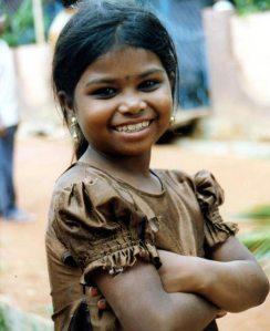 Ein Mädchen aus unserem Förderschaftsprojekt in Indien