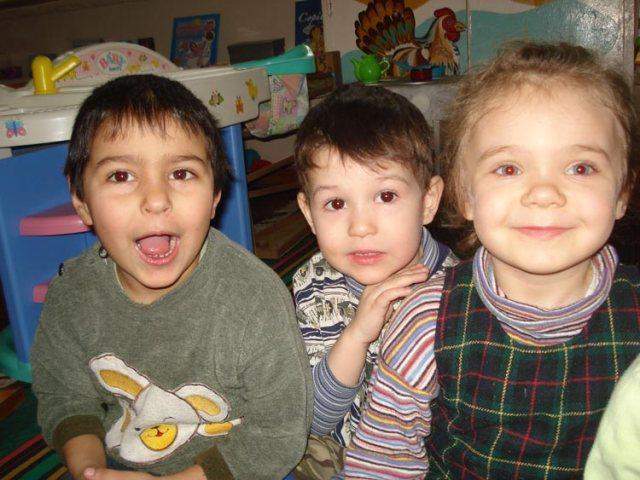 Diese Kinder im Tuberkulose-Kindergarten können dank der guten Hilfe über Patenschaften und Spenden wieder lachen.